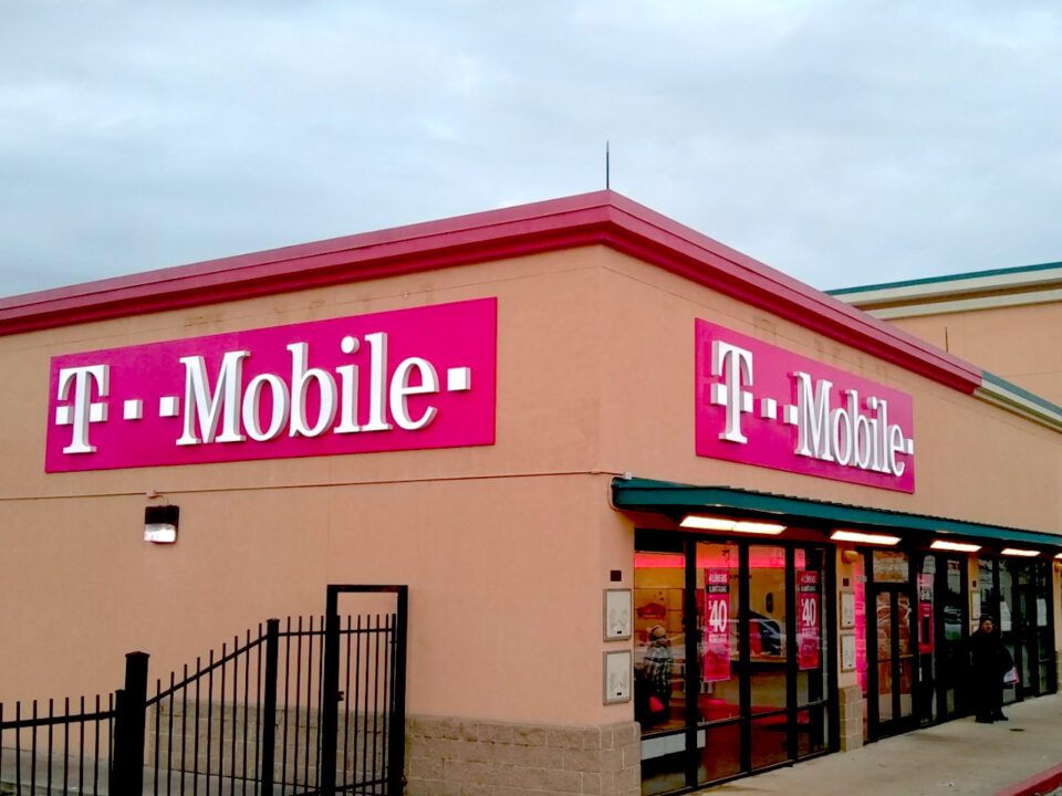 t mobile-channel letter
